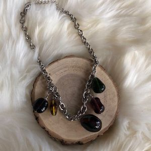 Jewelry - Silver and glass beads necklace